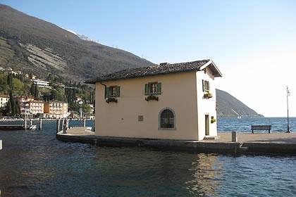 Torbole sul garda lago di garda hotel for Planimetrie della piccola casa sul lago